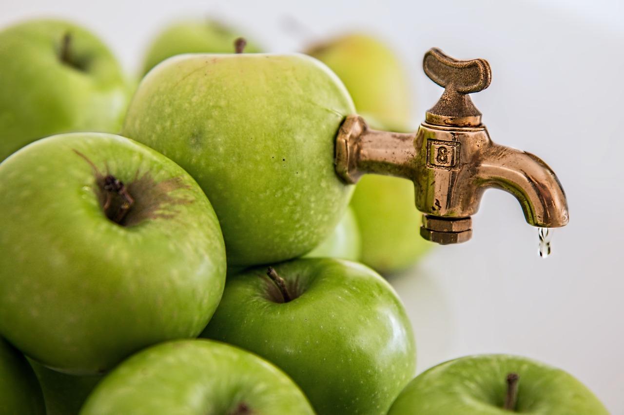 Apfelsaft keltern