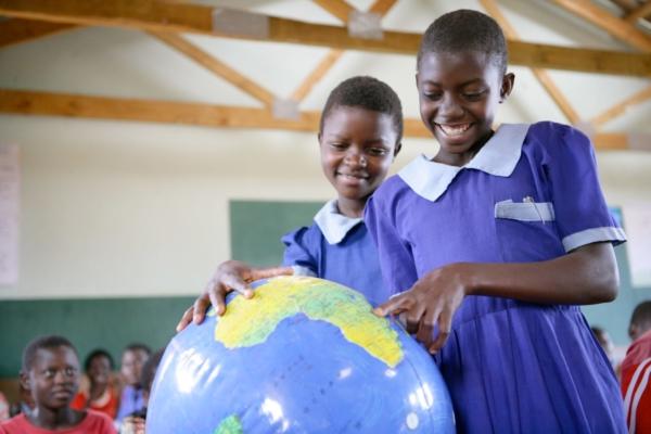 Bild zu UNICEF gründet und unterstützt Living Schools in Malawi